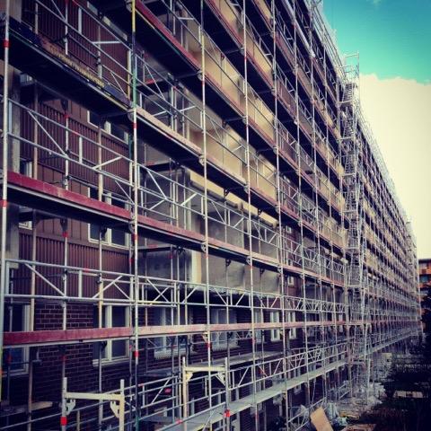 Stena uppdaterar fasad och balkonger